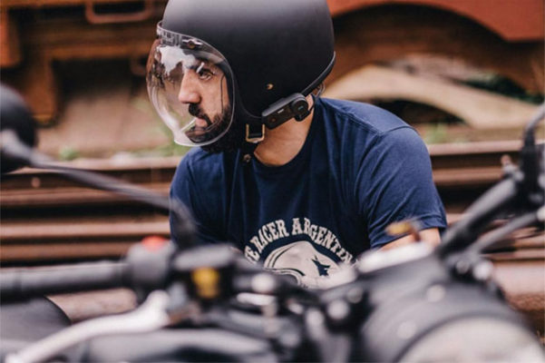 摩托车头盔蓝牙对讲机