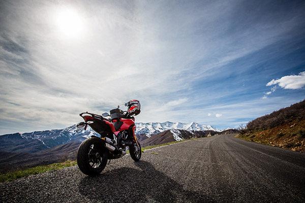 摩托车骑行
